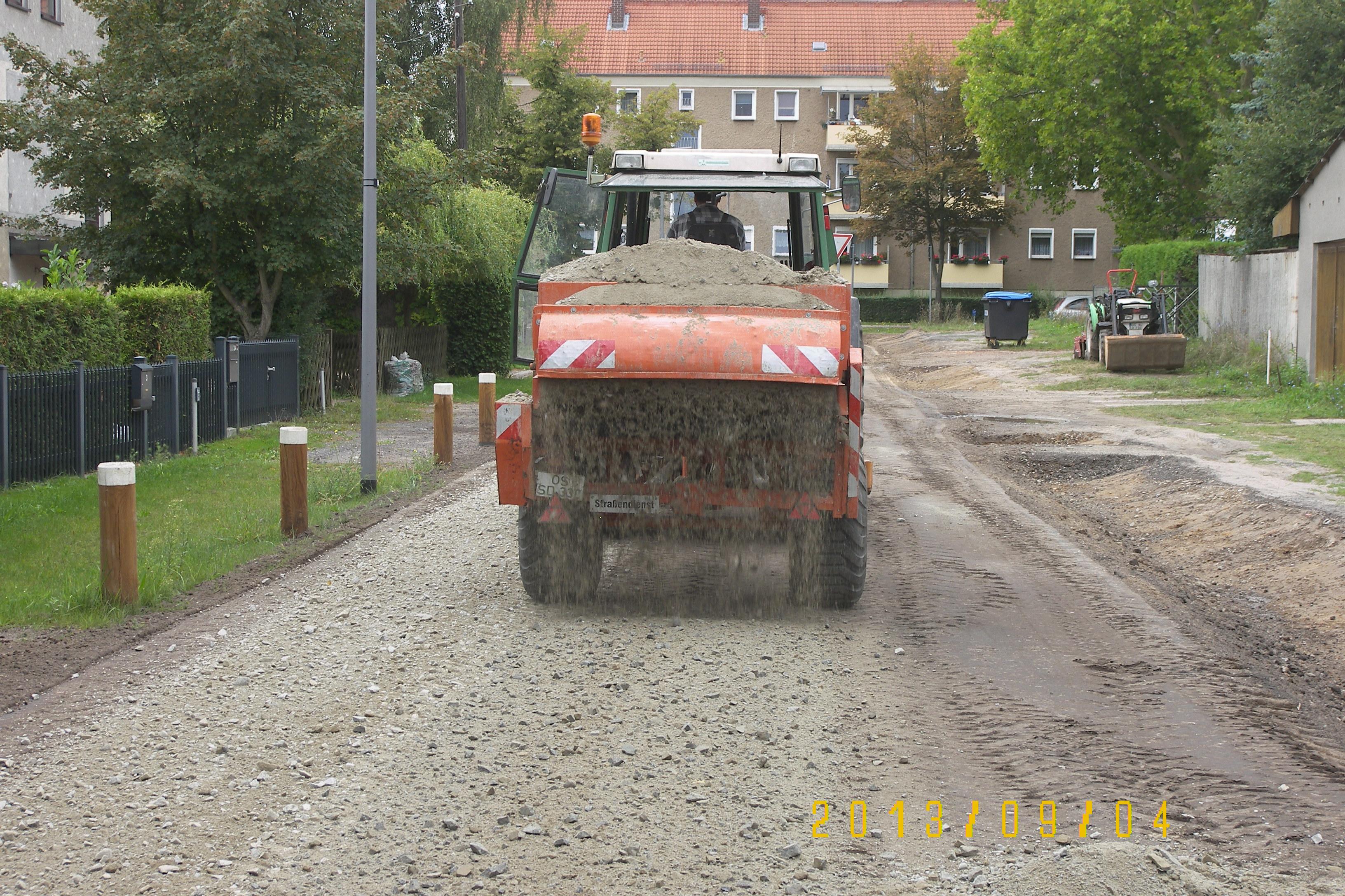 100 5563 Wassergebundene Strassen in Siedlungen